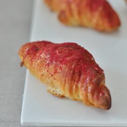 raspberry-redvelvet-croissants