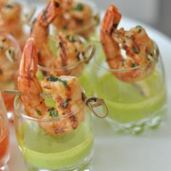 shrimp-cocktail-w-basil-dip