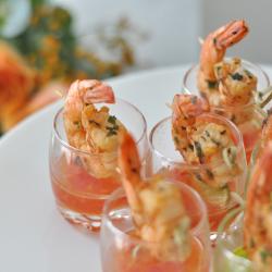 shrimp-cocktail-w-chili-dip