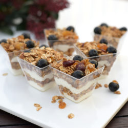 The White Boutique - BLUE BERRY GRANOLA